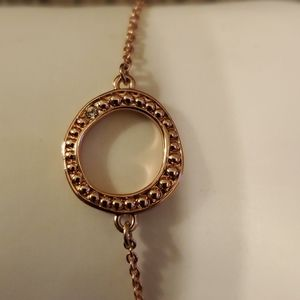 Adore rose gold plate circle bracelet